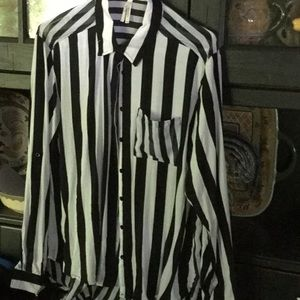 Black and white stripped long sleeved blouse